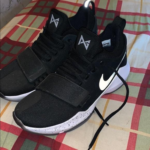 check out aee8f 3da8e Nike Paul George 1